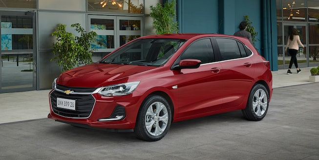 Design externo do novo Onix 2020 carro hatch com Wi-Fi Chevrolet