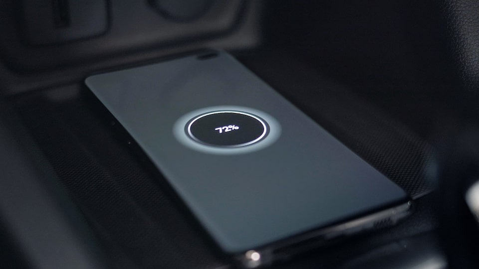 novo-tracker-wireless-charger-thumb