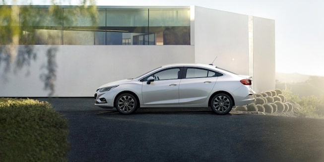 Detalhe da lateral do Chevrolet Cruze 2018