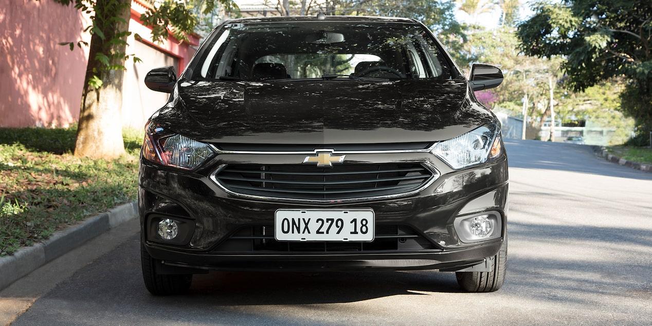 Onix hatch 2019 0km - Carro popular   Chevrolet Brasil 71a818a5f6
