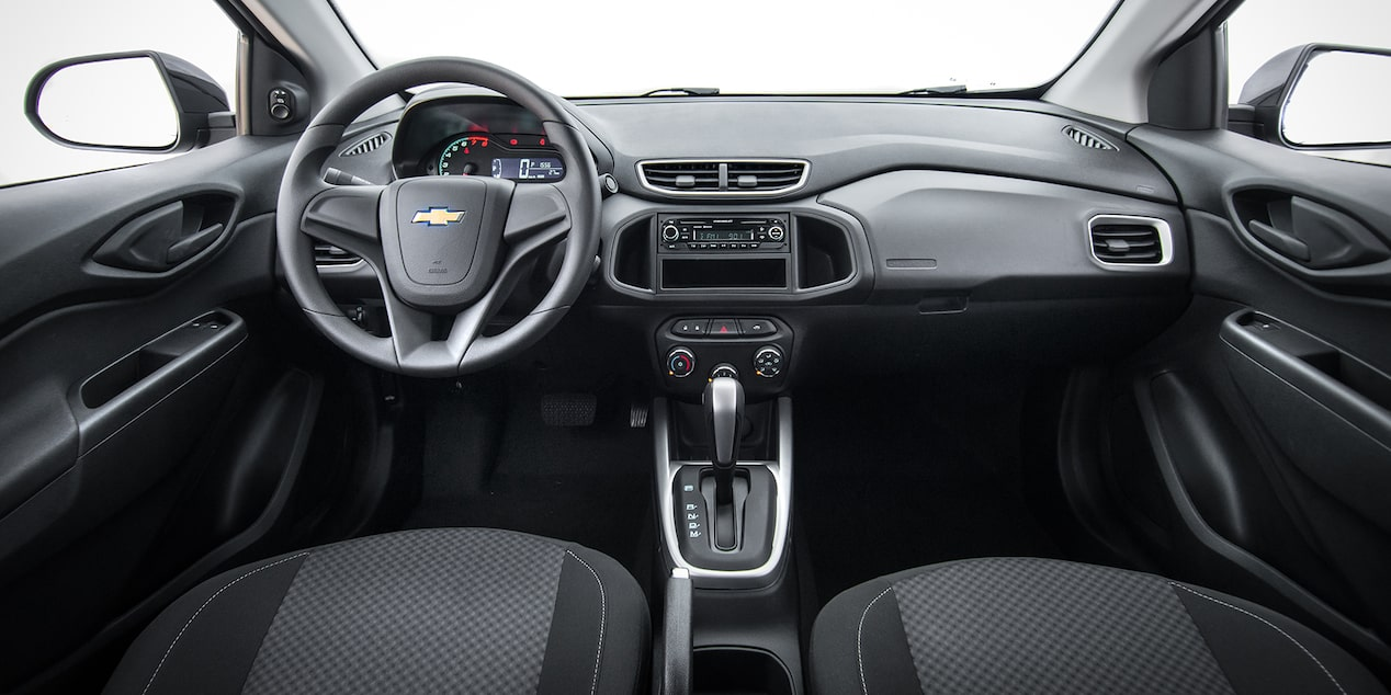 Interior do novo hatch Chevrolet Onix Advantage 2019