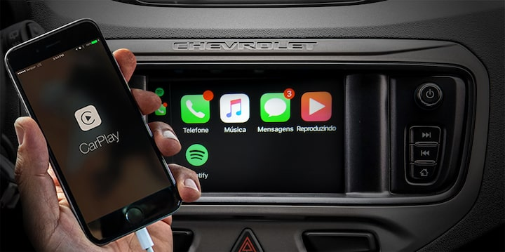 Tracker equipado com Apple CarPlay