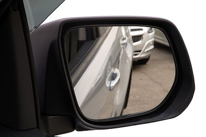 Tilt Down com ajuste automático do retrovisor novo SUV Chevrolet Trailblazer 2018